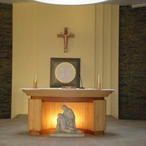 ICS Product Altar Statue Church Bespoke Curved Sculpture Jesus and the Virgin Mary