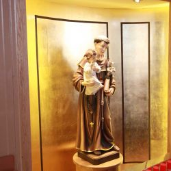Statue stand holding St Anthony bespoke inscription candle chrine